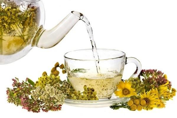 Чай для женщин «Боровая матка» и «Красная щетка» – эффективное сочетание для женского здоровья