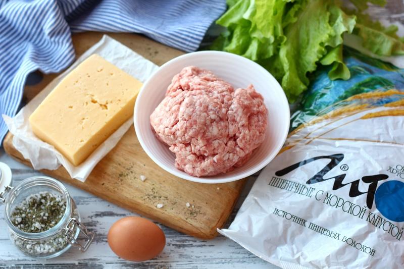 Мясные котлеты с сыром и панировкой из отрубей