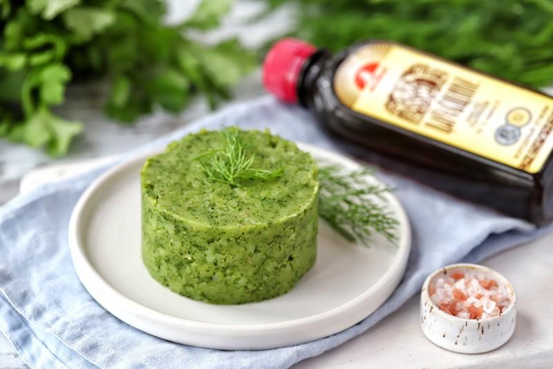 Картофельное пюре с зеленью и маслом расторопши