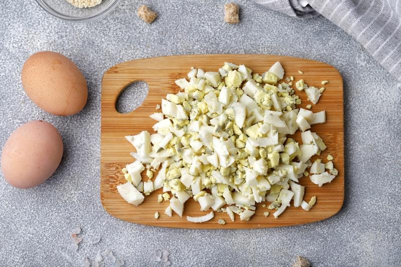 Заливной пирог с отрубями, яйцом и луком