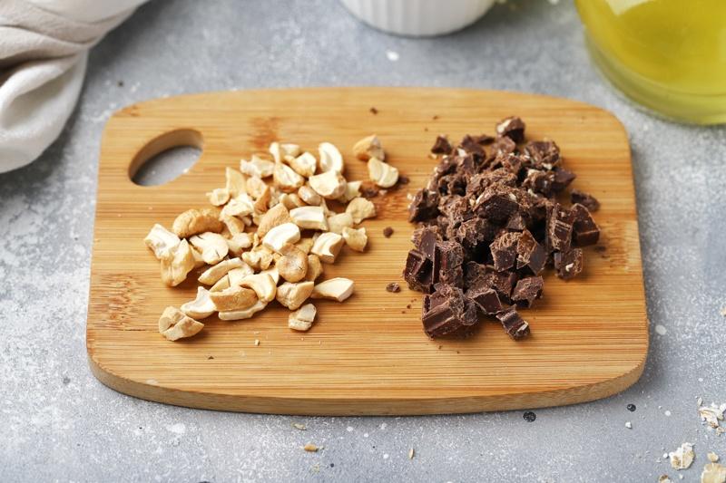 Шоколадная гранола с семенами льна