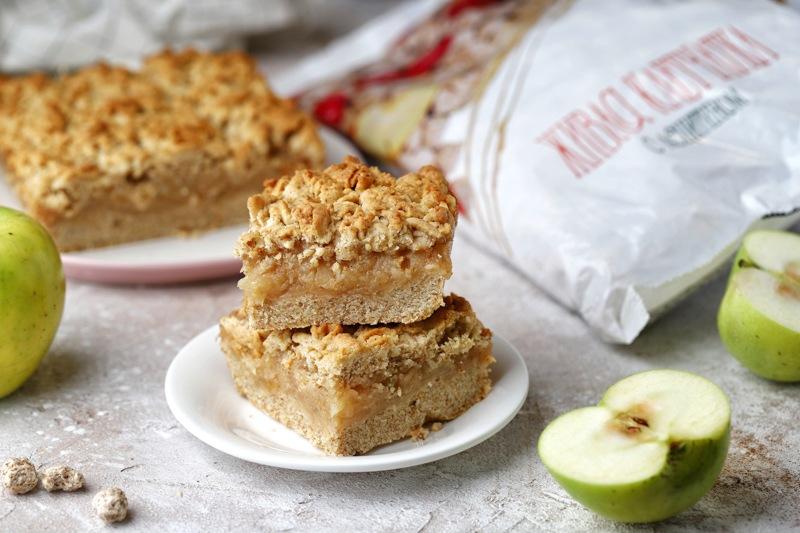 Хрустящий яблочный пирог с отрубями